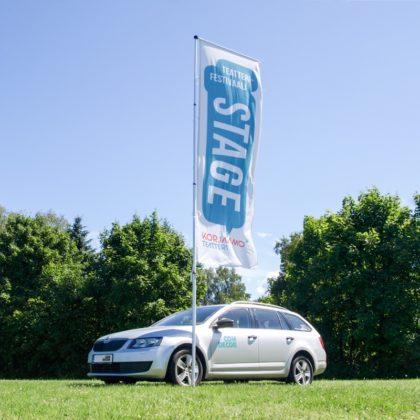Mobil flaggstang med reklamflagga